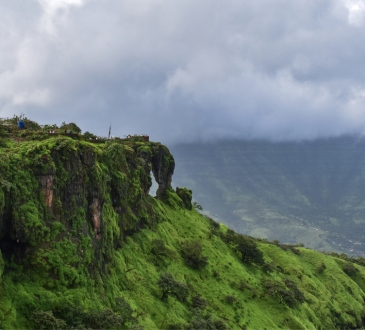 What Makes Mahabaleshwar A Unique Weekend Getaway Option