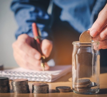 Use These Apps to Save Your Business Money